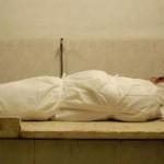 История 13 — Женщина, омывающая покойников